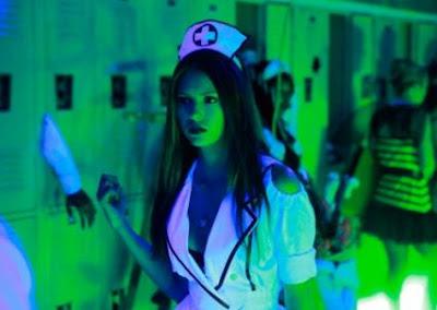 terperanjat beruk, seorang jururawat cantik dan menghairahkan masuk di ...