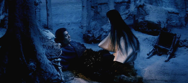 from kwaidan this shows the woman in white and the woodcutter kwaidan    Kwaidan