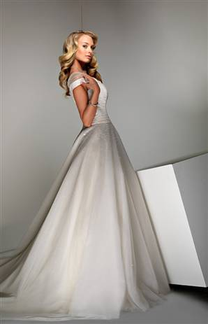 [disney+dress]