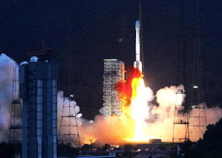 Changzheng 3B sending the Zhongxing 6B satellite to the space