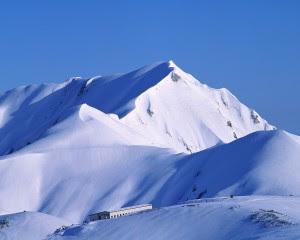 Gunung Everest di http://unik-qu.blogspot.com/