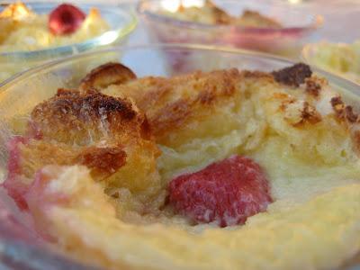 ... Bountiful Kitchen: White Chocolate Bread Pudding with Chocolate Sauce