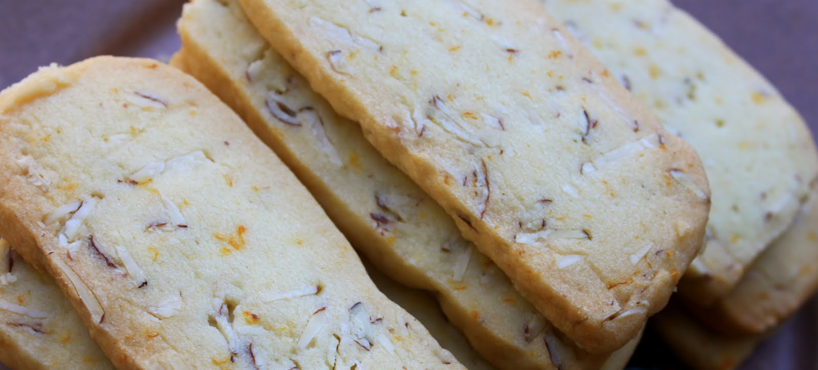 Bountiful Kitchen: River's Run Almond Orange Shortbread