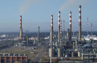 http://2.bp.blogspot.com/_PP_IXG2lJtY/SbrqkZU0-rI/AAAAAAAAAQ8/NFyN0-5a1mQ/s320/refinaria.jpg