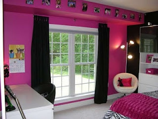 This Bedroom Decorating Ideas Will Inspire You In Designing Your Bedroom  Using Funky And Modern Bedding Set With Some Black And White Zebra Print And  Bright ...