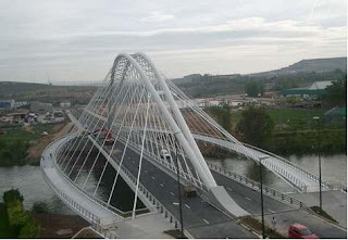 Estructuras met licas puente sobre el ebro en logro o - Hotel las gaunas en logrono ...