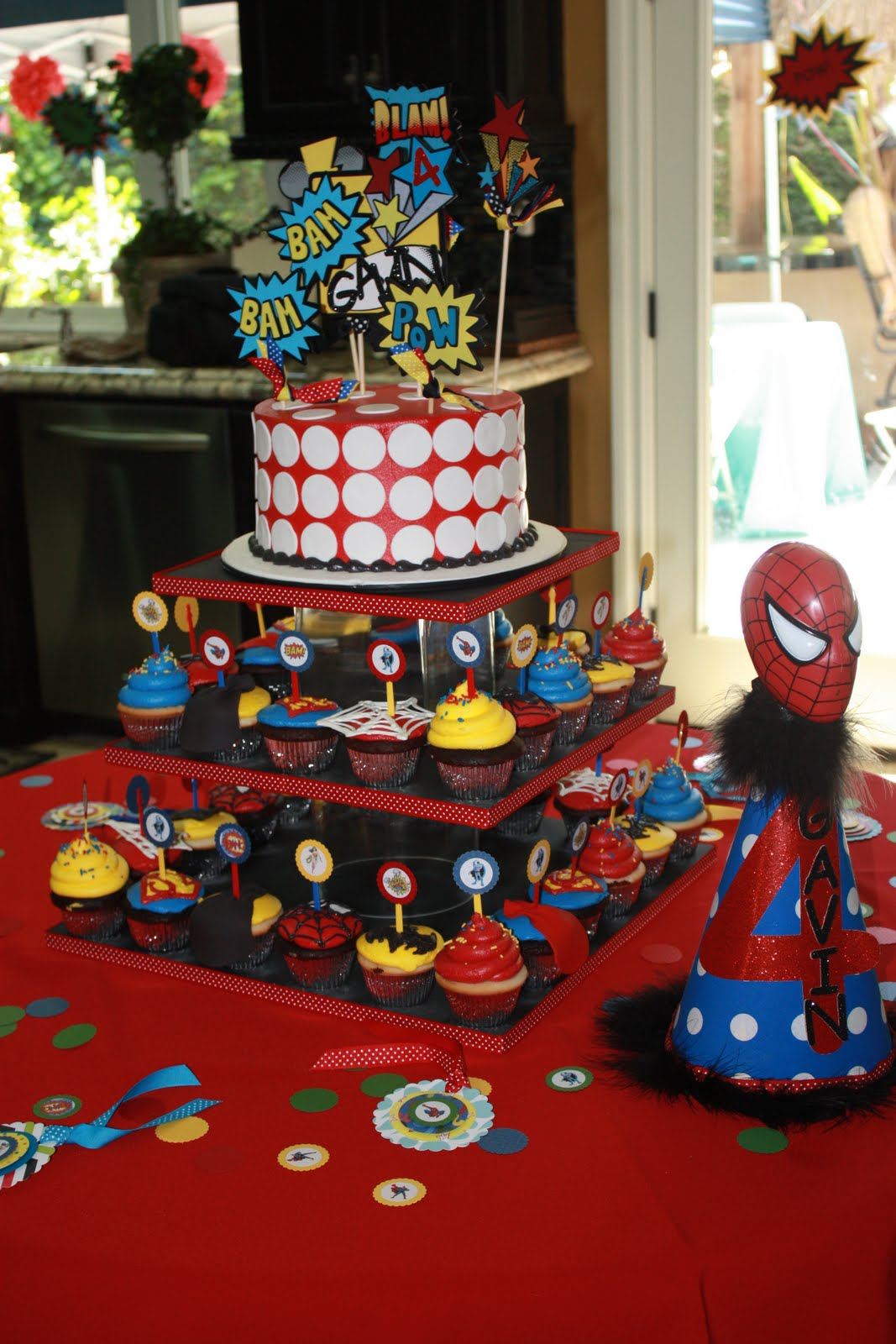 Real Parties} Gavin's 4th Birthday Superhero Party - SouthernBelle'
