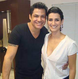 Manu+com+Ricardo Arrumando a Noiva...!