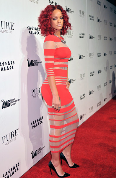 rihanna 2011 style. Rihanna Celebrates The New