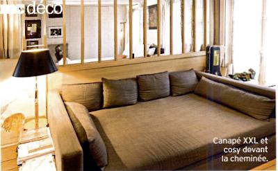 Id es d co de paris et de californie un loft sous les for Canape devant cheminee