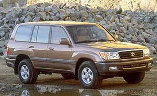 """Uma lenda """" Land Cruiser (Toyota Bandeirantes) - o Indestrutível """" O+Land+Cruiser+hoje+%C3%A9+um+utilit%C3%A1rio+de+luxo,+com+motor+V8+e+refinamentos+eletr%C3%B4nicos"""