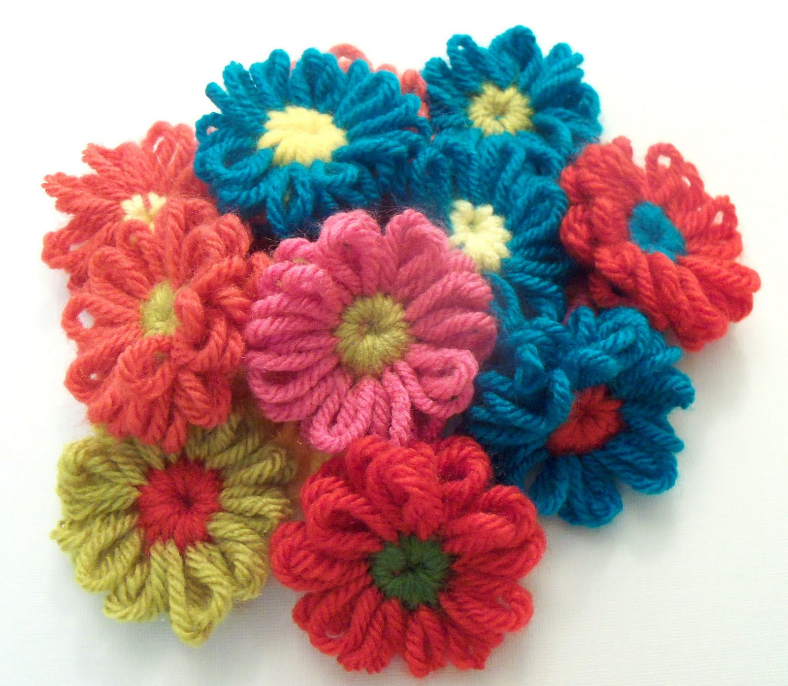Knitting Flowers On A Loom : Welcome to crochet candi remember loom flowers