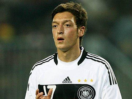 Özil madrilène en 2011 ? thumbnail