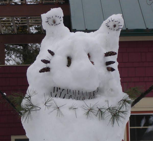 [blog_snowcreature.jpg]