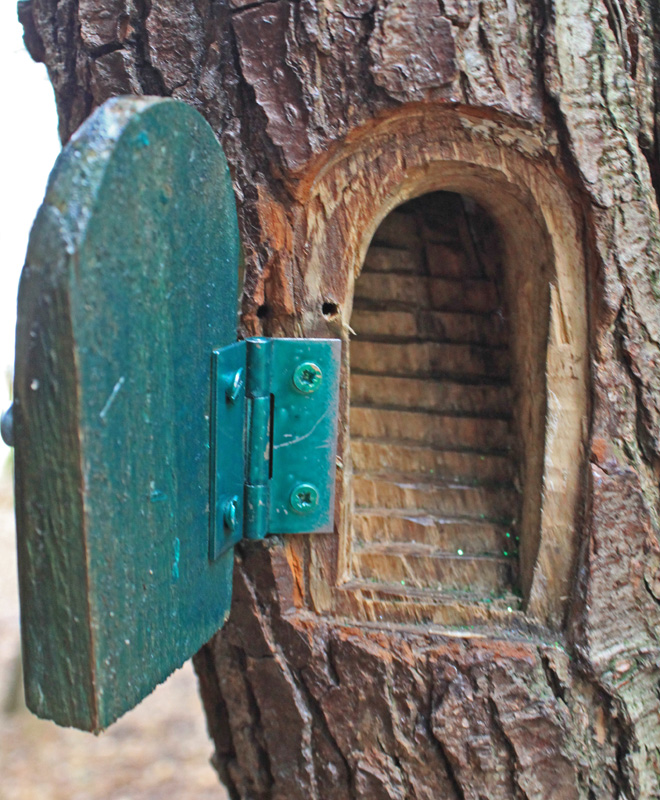 Captain ahab 39 s watery tales fairies of the chase for Fairy doors for trees