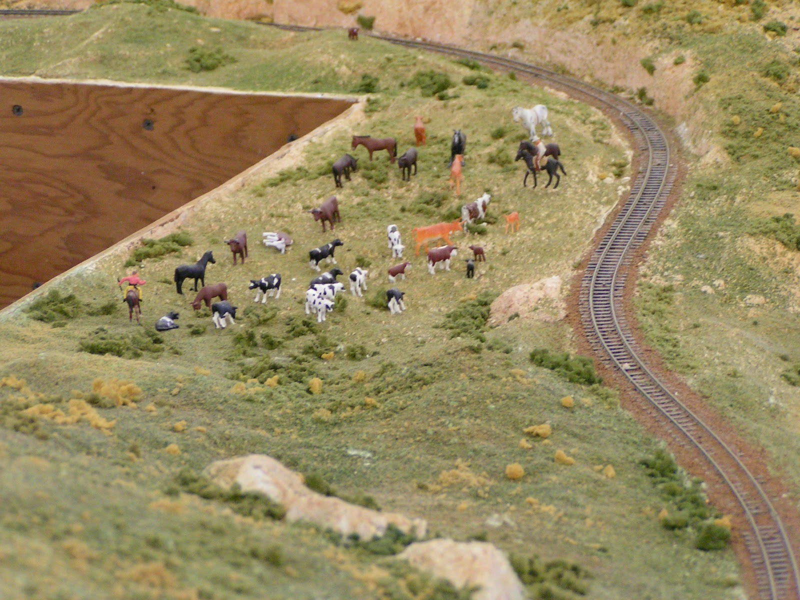 Railroad supplies canada