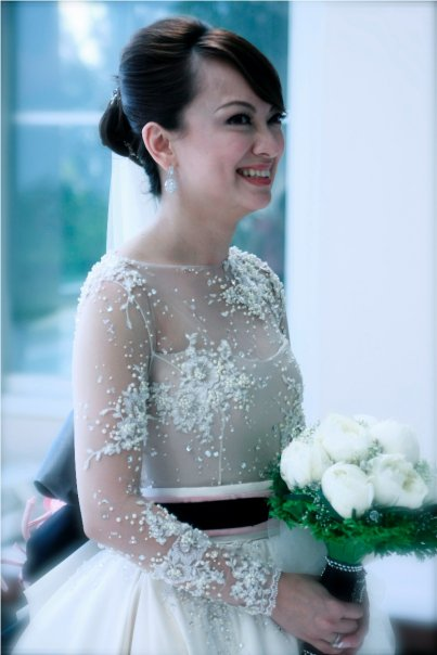 the wedding enthusiast: Wedding gown worship