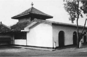 masjid-al-alam-di-cilincing.jpg