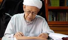 Laman Tuan Guru Nik Abdul Aziz~♥
