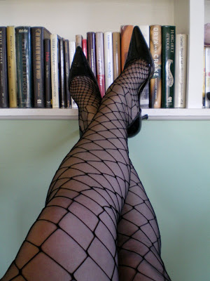 diamond net pantyhose over non-stretch RHT 100 per cent nylon stockings