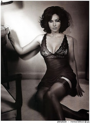monica bellucci in stockings
