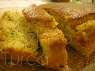 Cake de Courgette e Hortelã (Kabaklı Kek)