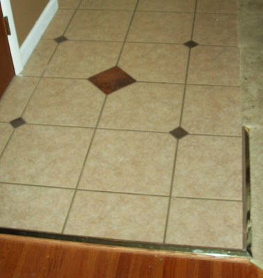 foyer tile uses smaller diamonds