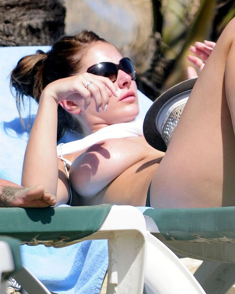 Consider, that lucy pinder nude beach your