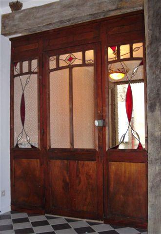 atelier verrier de clermont vitrail verre fusionn stages portes avec vitraux 2 r alisations. Black Bedroom Furniture Sets. Home Design Ideas