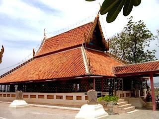 Wat Chom Khiri Nakprot