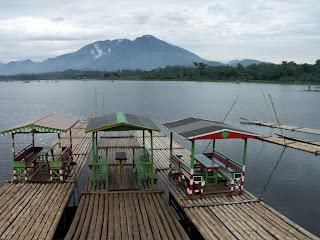 Menikmati Suguhan Tempat Wisata Di Garut Jawa Barat Yang Memukau