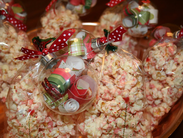 peppermint popcorn {neighbor gifts}