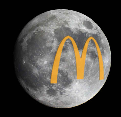 mcdonalds imc Mcdonalds imc plan table of contents communication objectives communication strategy communication tactics imc programs communication objectives target audience is relatively a homogenous group consumers feel that it is all the same and wanting it at the lowest price slideshow.
