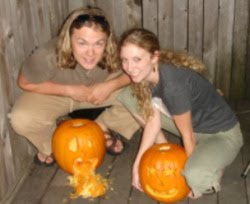 Carving pumpkins 2006