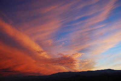 Tramonto rosato di nubi