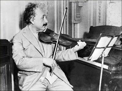 Einstein and violin