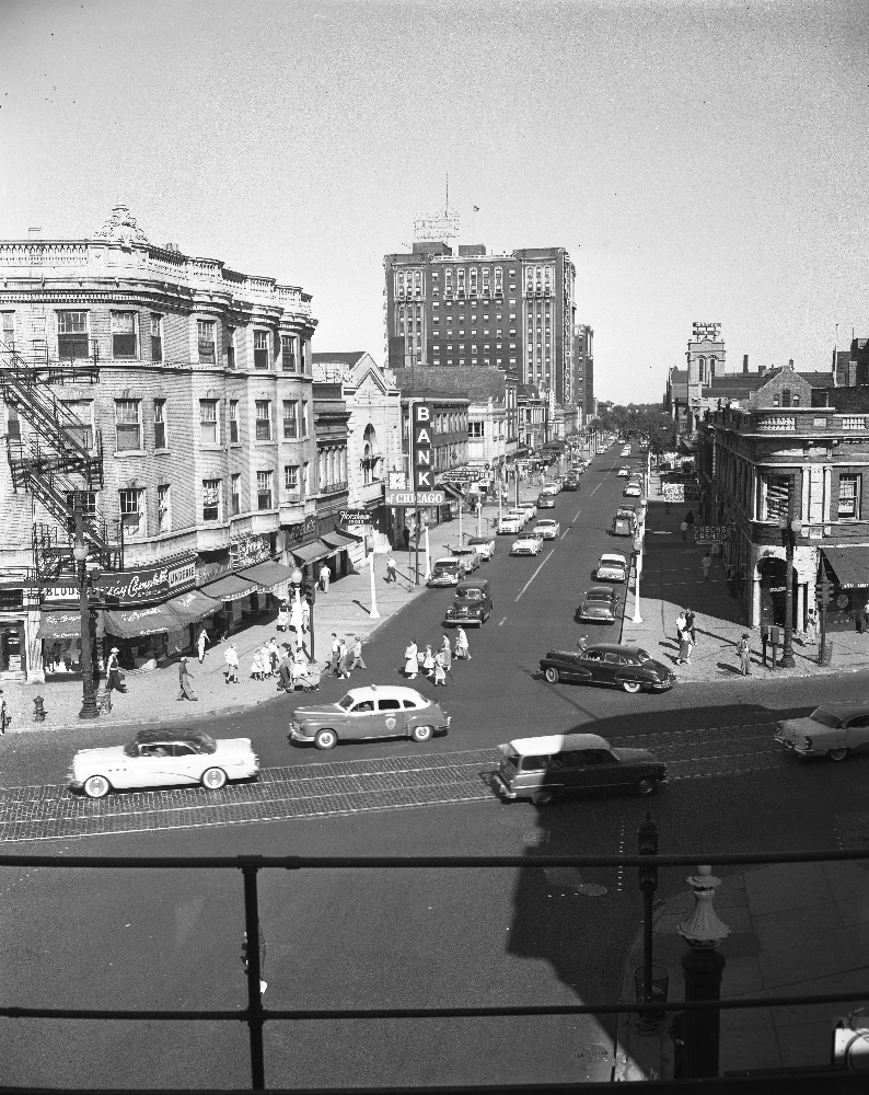 Uptown chicago history wilson and broadway from the el tracks 1955 - Beautiful abandoned places bringing back past memories historical buildings ...