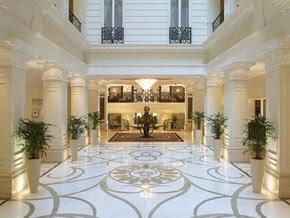 http://2.bp.blogspot.com/_Pnvzv2nPHTI/S7YbBknntKI/AAAAAAAAAlk/lb4T8GbwOok/s1600/corinthia_grand_hotel_royal_lobby.jpg