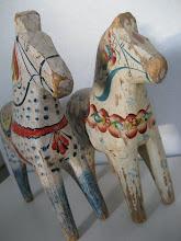 Älskade gamla dalahästar