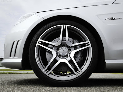 2010 Mercedes Benz S65 Amg. While the Mercedes-Benz S63