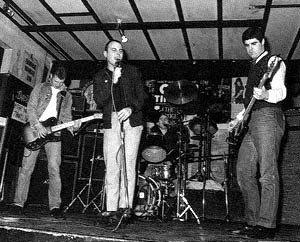 Los 4-Skins en el Bridge House (1980)