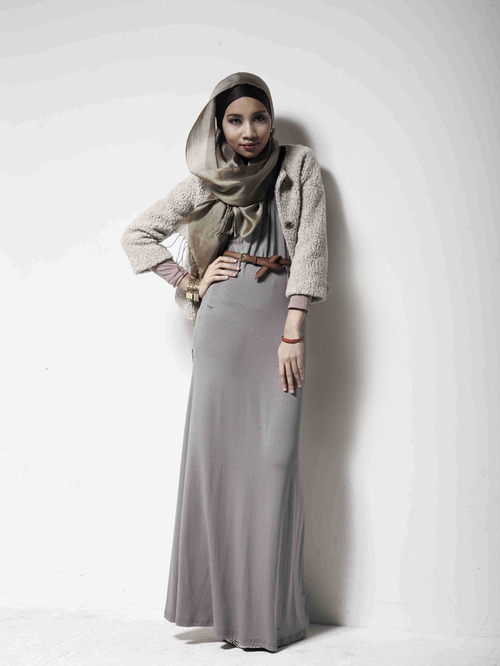 Saturday another modest style from yuna zarai Hijab fashion style hana tajima
