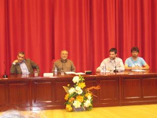 Julio Anguita en el Aula Magna de la Universidad de Málaga