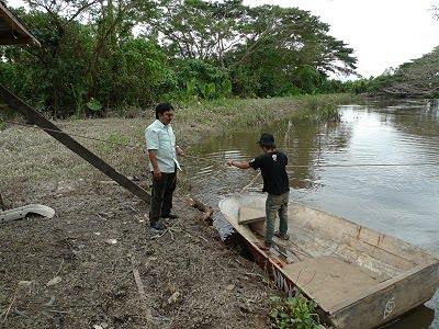 Wakil Rakyat Tempasuk ketika turun padang memeriksa Jambatan yang ...