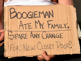 http://2.bp.blogspot.com/_PtIw1YVOTEE/Sg-5j1nNedI/AAAAAAAACJ8/s1y0285L3C4/s320/homeless_mans_sign_by_eye2eye_at_fl.jpg