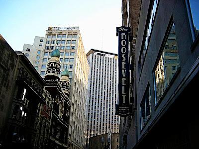 Baronne Street Entrance