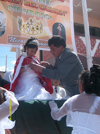 CORONACION DE LA REYNA EN SUS BODAS DE ORO 2009