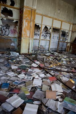 The abandoned detroit public schools book depository detroit descripcin del sitio gumiabroncs Gallery