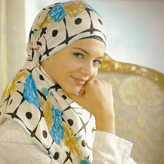Pretty Muslim Girls Wearing Hijabs