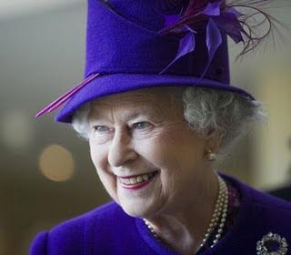 English Is Funtastic Queen Elizabeth Ii Queen Of Hats